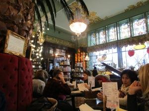 Café in Nevsky Prospect